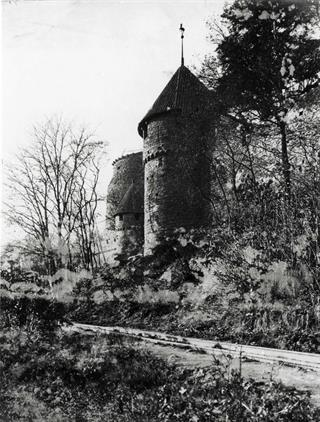 south west fortification wall and southern tower of the grand bastion © DBV/Inventaire Alsace - Haut-Koenigsbourg castle, Alsace, France
